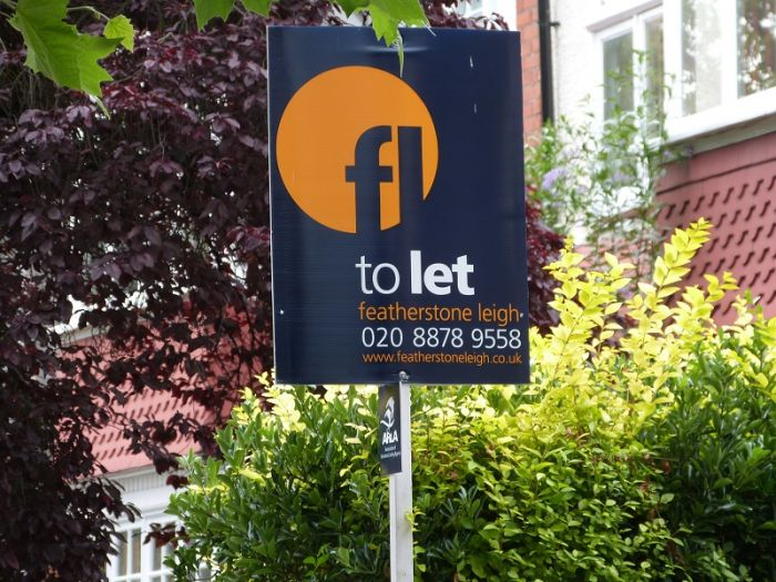 Portrait estate agent board - Featherstone Leigh T-Board - Featherstones Leigh / To Let
