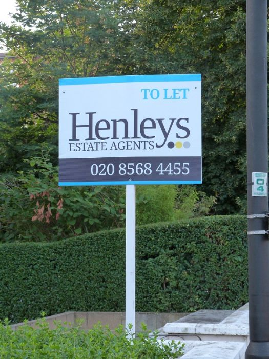 Landscape estate agent board - Henleys