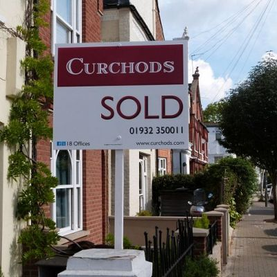 Estate Agent Boards Residential Signs