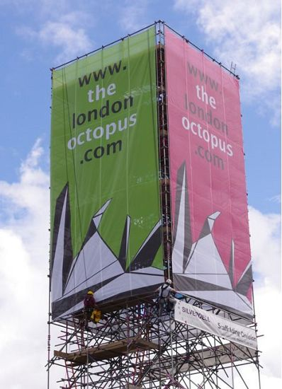 Large format scaffolding banner