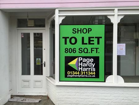 Window Board - Shop To Let